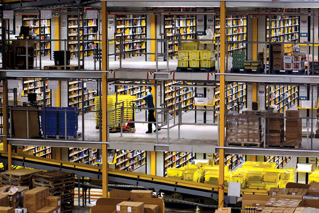 Why Amazon Is on a Warehouse Building Spree - Businessweek