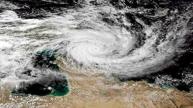 Category 5 cyclone Ita due to hit Queensland, Australia
