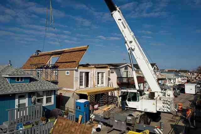 News: Real Estate, Risk, Economics. Dec. 29, 2015