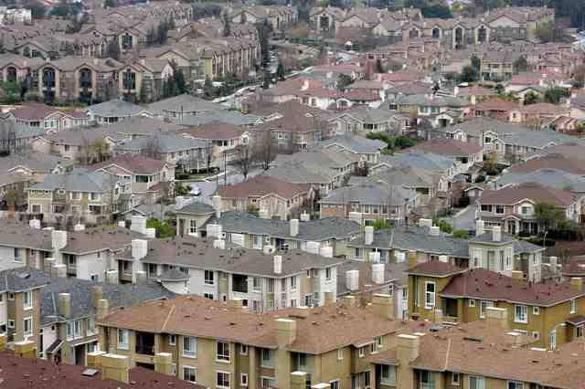 News: Real Estate, Risk, Economics. Apr. 19, 2016